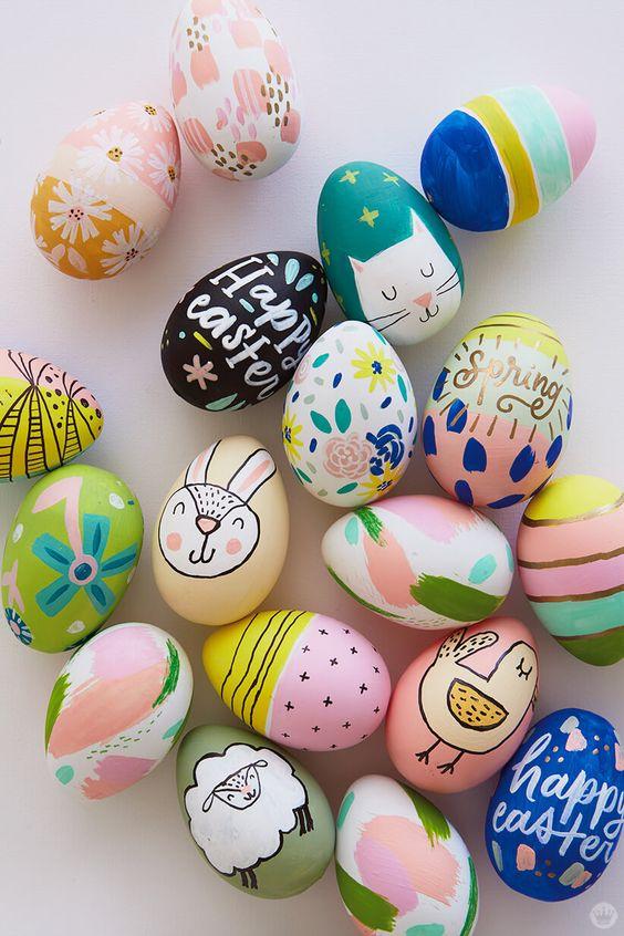 ovos de páscoa com desenhos