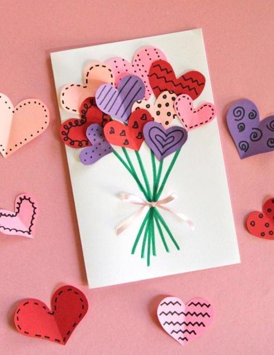 corações em cartolina