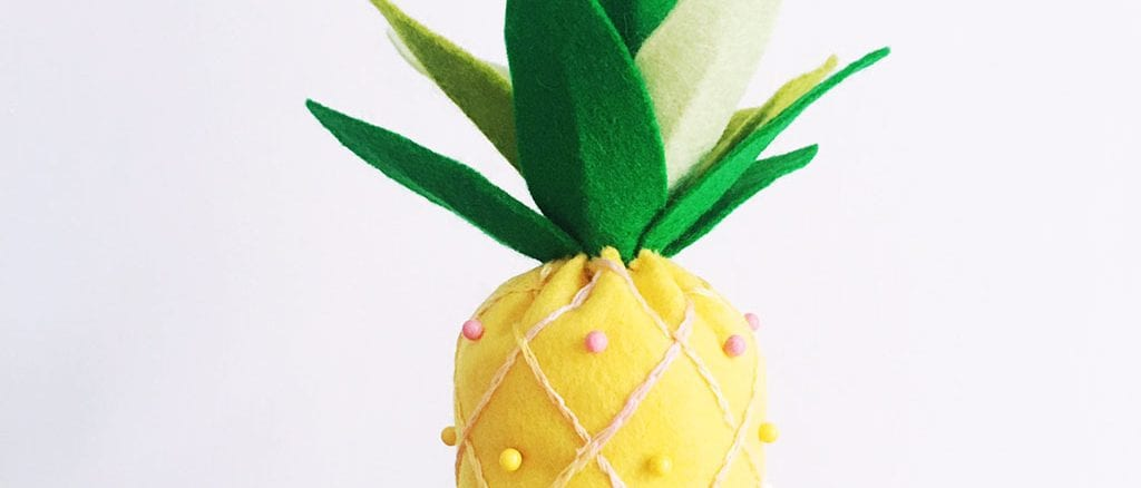 abacaxi em feltro