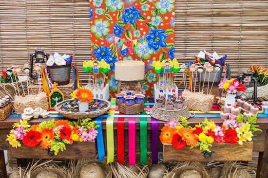 Mesa para Festa Junina