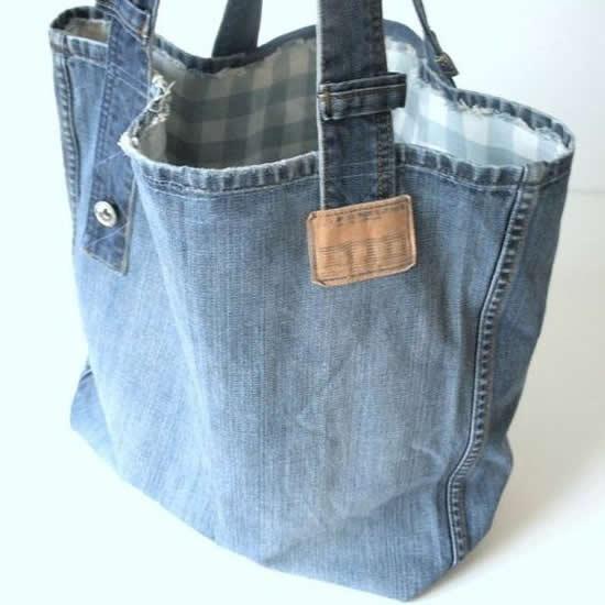 Bolsa com calça jeans