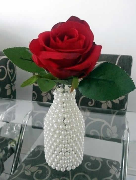 Vasinho decorado com pérolas