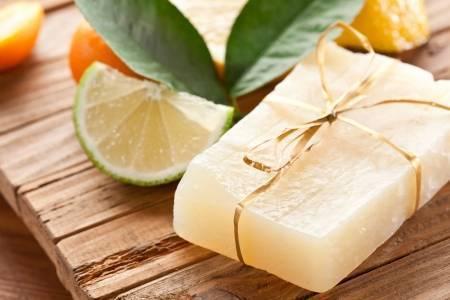 Como fazer sabão de limão