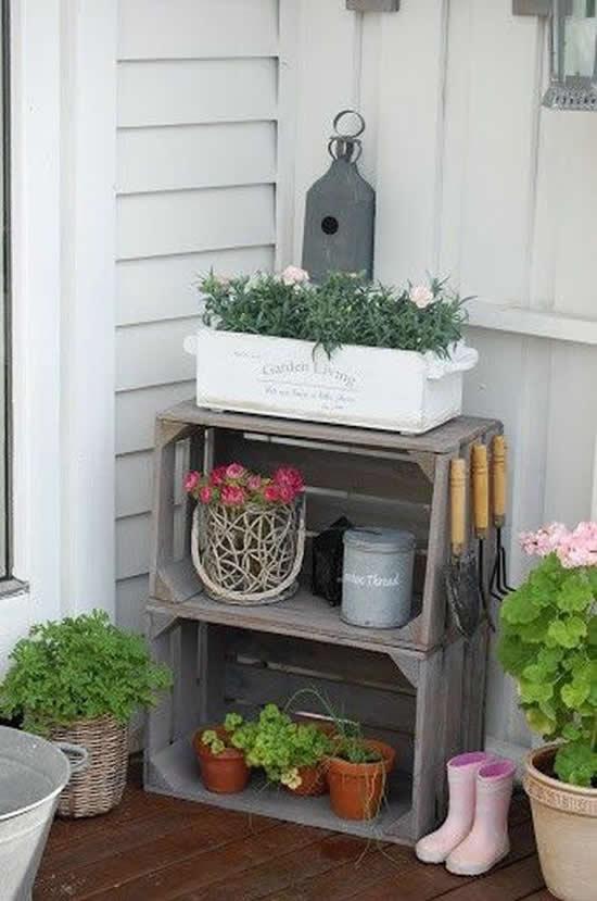 Enfeite com caixote para jardim