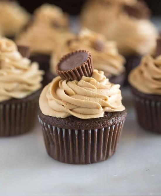 Cupcakes lindos com chocolate