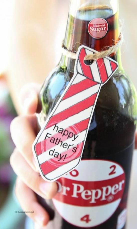 Garrafinha com gravatinha para Dia dos Pais
