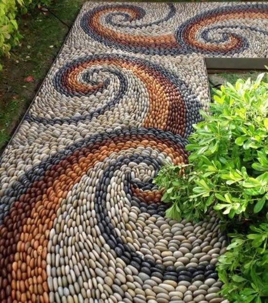 Decoração com seixos para jardim
