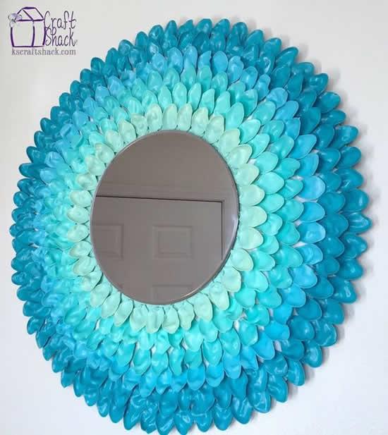 Dicas para decorar espelho com colher de plástico