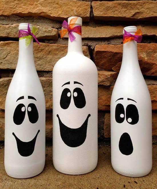 Enfeites com garrafas para Halloween