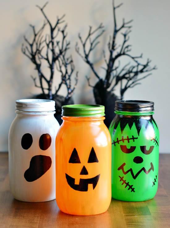 Enfeites com potes para Halloween
